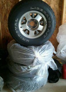 15 Suburban Yukon Tahoe Tires and Rims 92 99 235 75 R15
