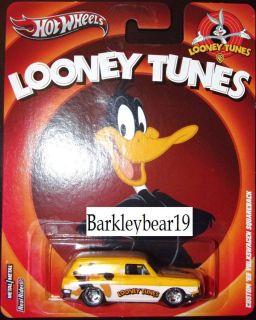 Pop Culture Looney Tunes 69 VW Squareback Daffy Duck in Hand
