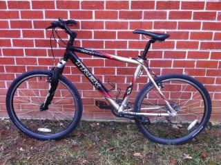 Mountain Bike Shimano Alivio Rock Shox Judy TT Matrix 750 Rims Wheels