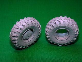Miniarm B35042 1 35 BTR 80 Road Wheels Set K 126 Late