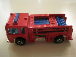 Hot Wheels 1976 Red Fire Engine with Blue Lights Malaysia