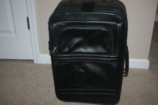 Bellino Black Leather Rolling Carry on Suitcase w Wheels