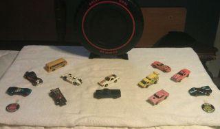 Hot Wheels Redline Case and Car Lot