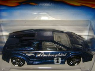 2001 Hot Wheels 130 Lamborghini Countach Race Car