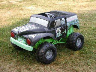 Power Wheels Grave Digger Ride on Monster Truck Rat Rod 12 Volt RARE