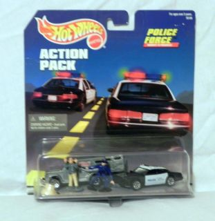 Hot Wheels Action Pack 1997 Police Force w Armored Car Dodge Police