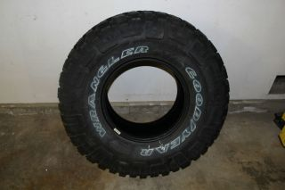 One 1 Goodyear Wrangler MT R Mud Tire Lt 33 x 12 50 R 15