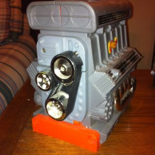 1999 Hot Wheels Blown Engine Carrying Case