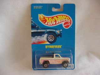MATTEL HOT WHEELS 1991 ISSUE 220 CHEVY BYWAYMAN PICKUP WHITE BLACK BED