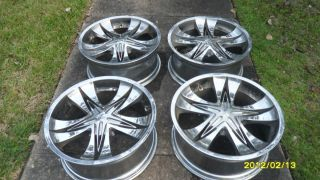 22 INCH ROZZI BRAND CHROME RIMS WITH CENTER CAP INCLUDED UNIVERSAL LUG