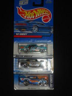 HOT Wheels 3 Car lot 1957 Chevy 454 big black HW Logo Turbo Taxi on