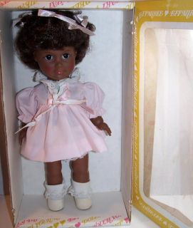 Tonner Effanbee 10 Sissy One World Collection AA Doll 1412