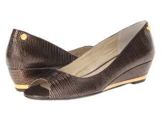 J. Renee Neda Womens Shoes (Tan)