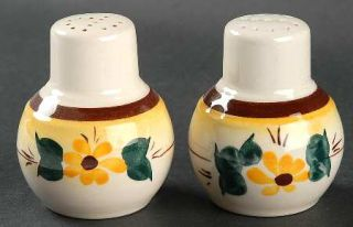Metlox   Poppytrail   Vernon Brown Eyed Susan (Montecitoshape) Salt & Pepper Set